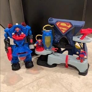 Imaginext Superman Playset w/ Exoskeleton suit